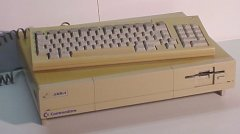 Commodore Amiga 1000.