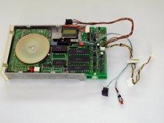 Hacking a Oceanic OC-118N disk-drive.