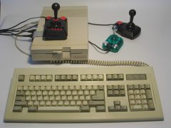 C64 - DTV with IEC, keyboard and joysticks.