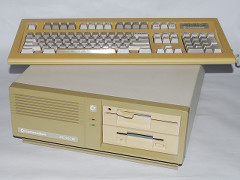 Commodore PC 10-III.