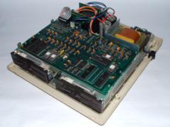 Innerhalb des Commodore 8250 LP Laufwerke.