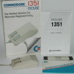 Commodore 1351 mouse with software, manual and original packaging.