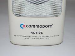 Details der Commodore aktive Lautsprecher-System.