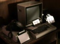 A Commodore C64 computer, 1541 diskdrive and a 1702 monitor in the TV-series Smallville.